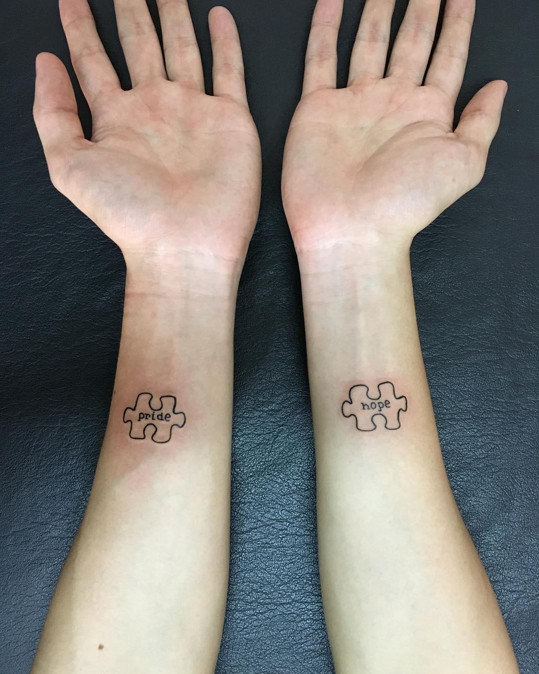 小臂英文字拼图纹身图案 - 西安纹彩刺青